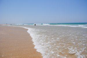Einsamer und kilometer langer Strand in Conil