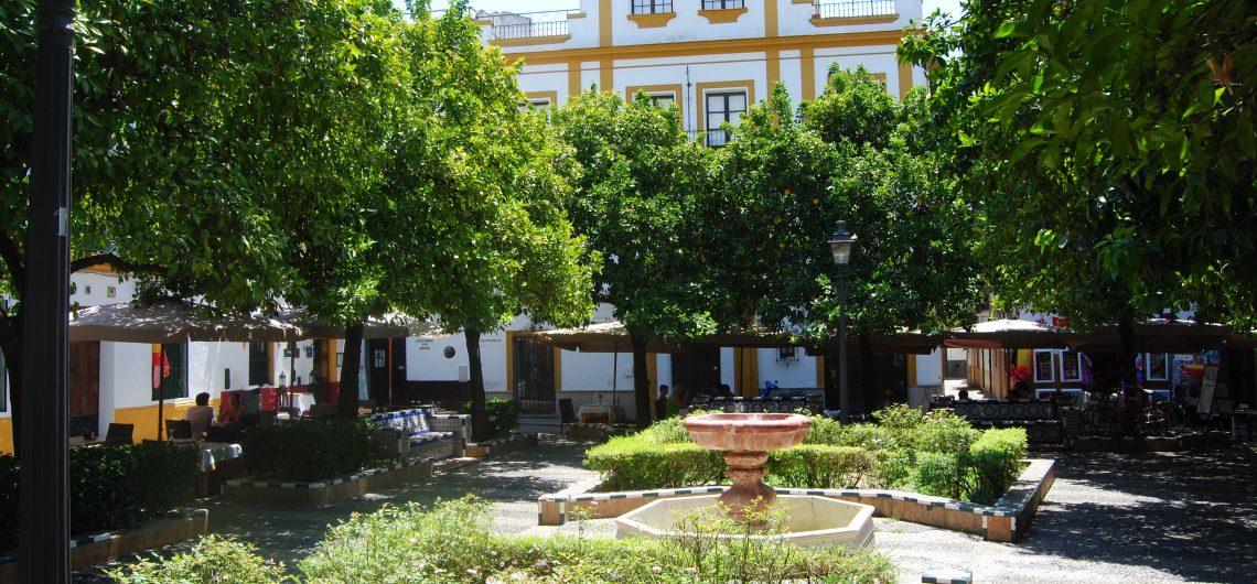 Kleiner Park im Barrio Santa Cruz